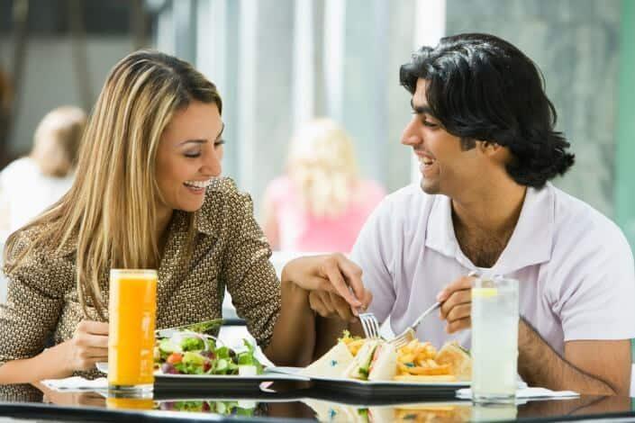 Романтичные жесты, для вашей девушки. 52 эффективных жеста за которые вас полюбят.