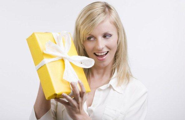 Сколько должен стоить подарок? Давайте разбираться🤔 📖