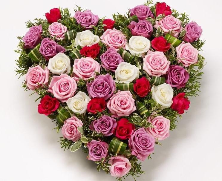 Цветы 🌹 и букеты 🌸 на любой вкус в Ярославле 1 страница
