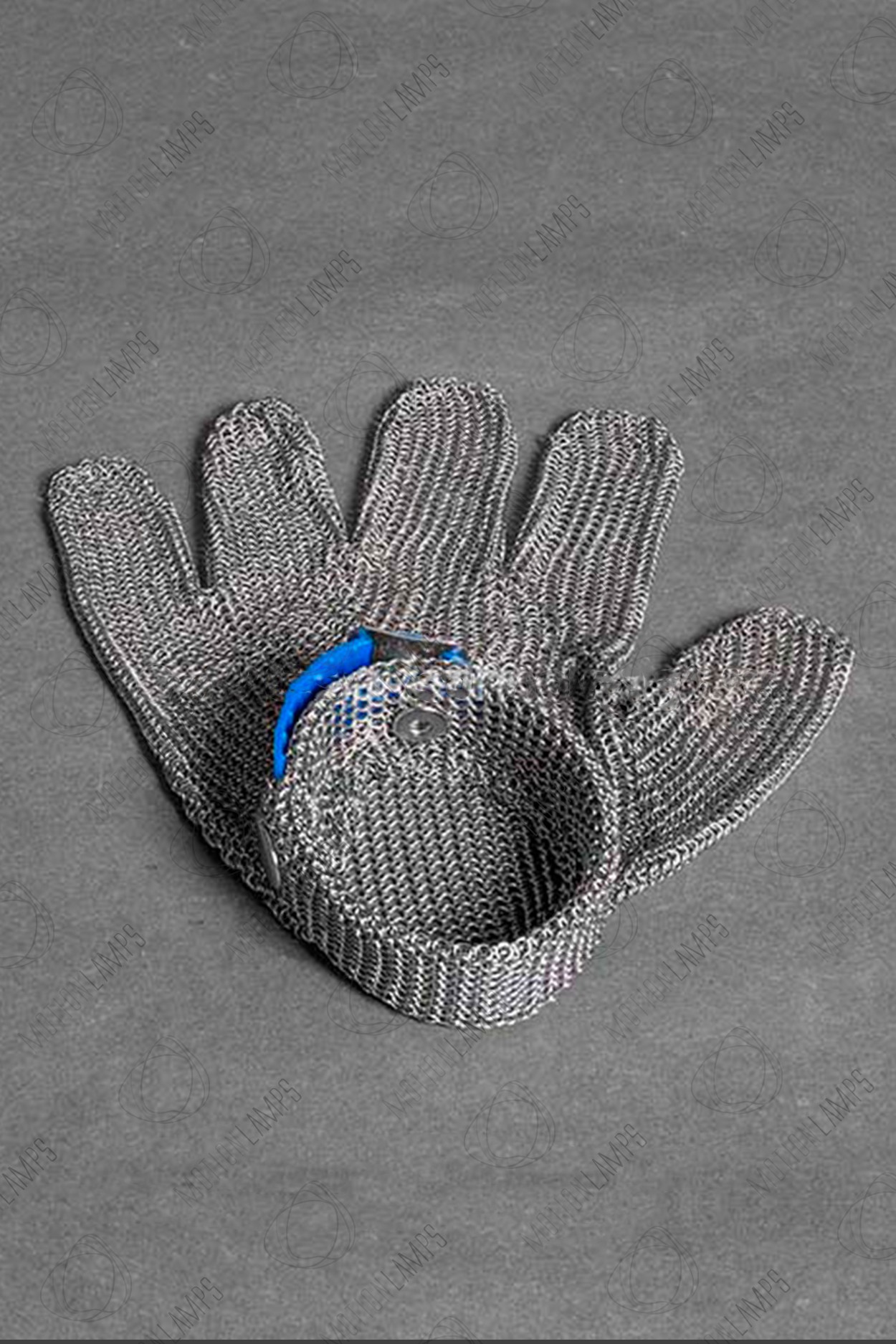 Стальная перчатка для Тесла шоу в Ярославле