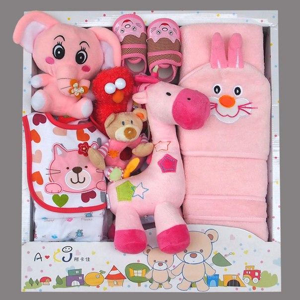 Полезные подарки для новорожденных девочек в Ярославле